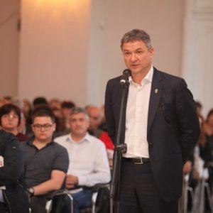 Бобоков: Чатовете с президента, пуснати от прокуратурата, не са от моя телефон. Дали не са от неговия?
