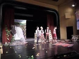 """В Сливен започва Националният детско-юношески театрален фестивал """"Сцена под сините камъни"""""""