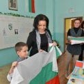 Десислава Танева: Със 17 % се увеличават заплатите на учителите