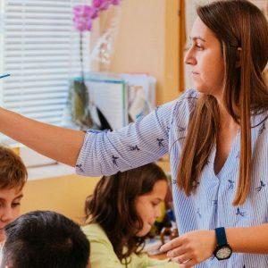 Още 10 дни училищата от Сливенско и Ямболско подават заявки за нови учители