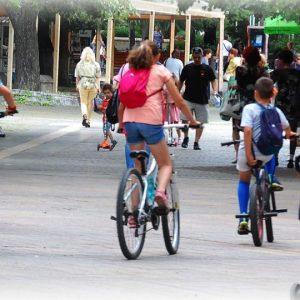 """Пешеходна зона ли е """"ларгото"""" в Сливен?"""