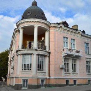 Ремонтират емблематичен за Сливен архитектурен паметник