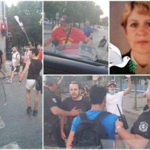 Веселина Георгиева от Сливен, чийто бус бе потрошен от вандалите на президента: Радев, ти си предател и убиец. Чупиха ни стъклата, рязаха ни гумите – надъхани от теб, мизернико (СНИМКИ)