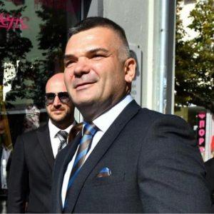 Напуска ли Владо Русев партията на Слави?