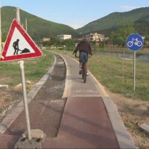 Опасна велоалея: Деца пострадаха, докато карат колело